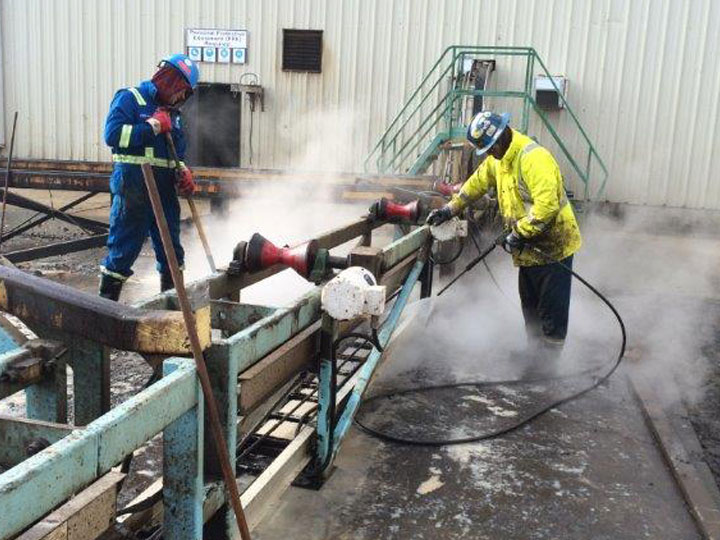 Water Tank Confined Space : Industrial services tank cleaning sumas environmental